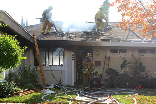 Los Angeles Firefighters Battle Deadly West Hills House Fire