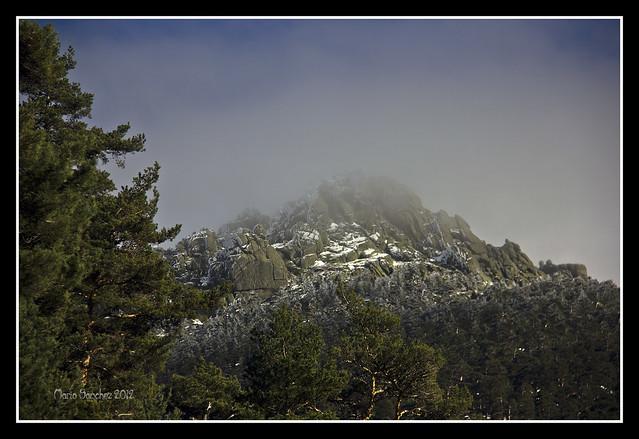Nubes en la cumbre