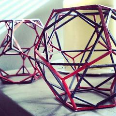 Poliedros regulares #Dodecaedro #poliedro #poliedroregular #geodesica