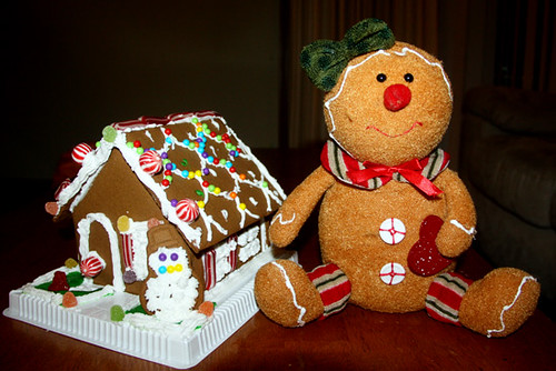 2012-Gingerbread-House