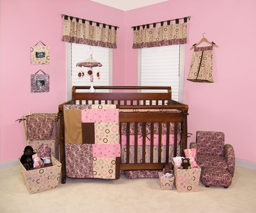 Trend Lab 4 Piece Crib Anima Print Baby Bedding Set