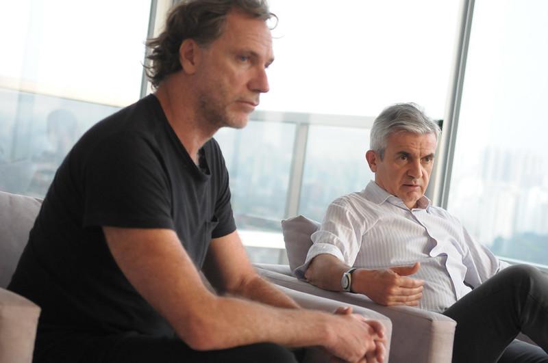 Oskar Metsavaht, presidente da Osklen, e Marcio Utsch, diretor-presidente da Alpargatas