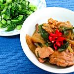 IMG_1860 午餐: 苦瓜焖鸡,清炒菜心