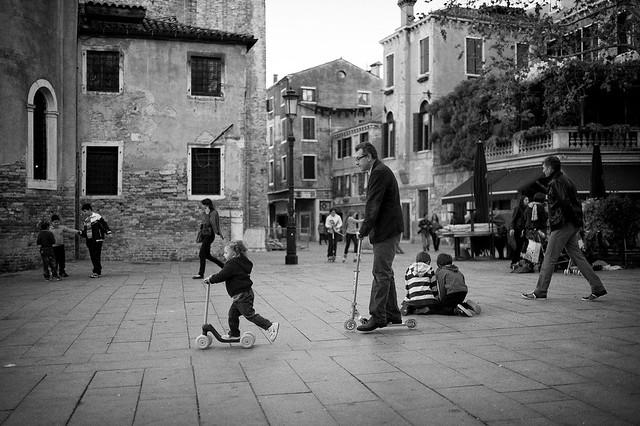 Italien-leica-summilux-street-bw-152.jpg