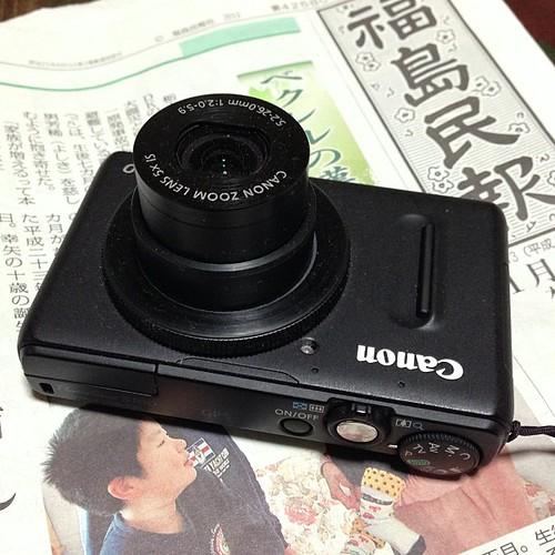 レンズが引っ込まなくなったPowerShot S100。正月休み中、写真が撮れず、悲しい。