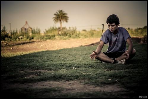 Meditando? by MarcosCousseau