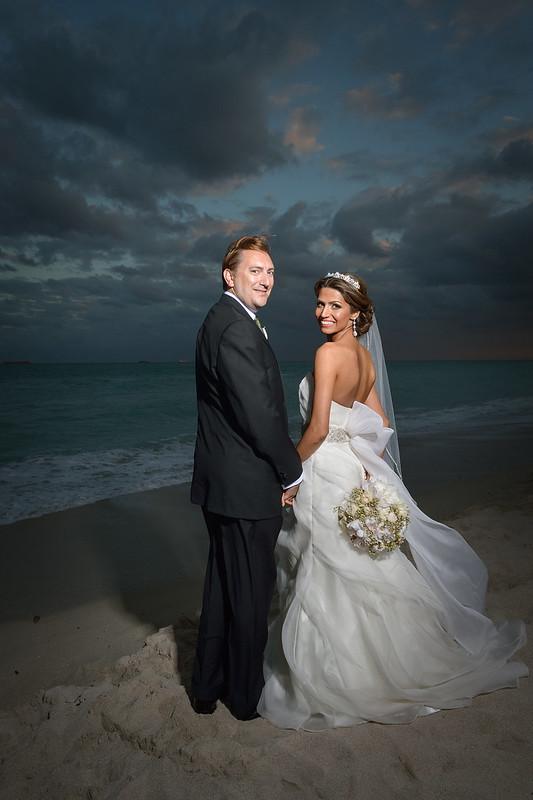 beach wedding, night beach wedding, elegant beach wedding