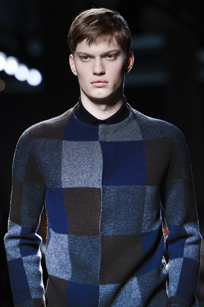 FW13 Milan Bottega Veneta062_Joseph Ferns(VOGUE)