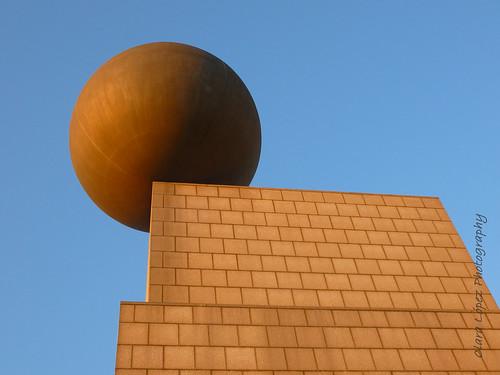 Esfera y Cubo