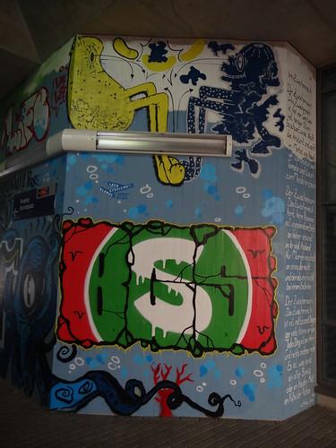 Graffiti grünes S aus dem 21. Jahrhundert nach Christus in Dresden 0037
