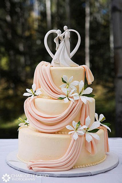 Plumeria Wedding Cake from Charlotte Greary