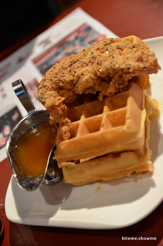 Planet Dailies - Chicken and Waffles