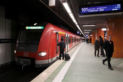 Changing drivers on S Bahn line S5