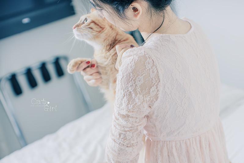 +Cat&Girl+