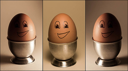 053 had hoped the girlies were going to help me with a lighting project, but then i remembered the egg by Sonriendo