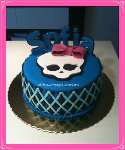 Bolo Monster High 1 by Osbolosdasmanas