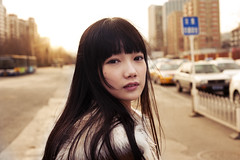 [Free Images] People, Women - Asian, Chinese People, Women - Turn One's Face , Streets ID:201303081400