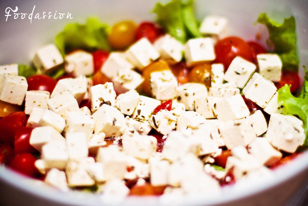Feta-tomaattisalaatti