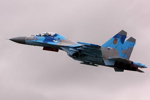 [フリー画像素材] 戦争, 軍用機, 戦闘機, スホーイ Su-27 ID:201303290000