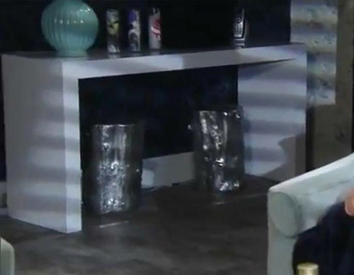 General Hospital - Apartment of Maxie