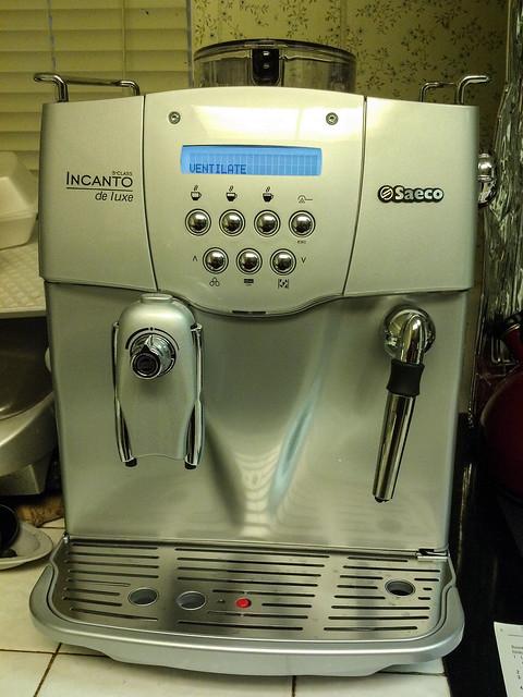 saeco incanto deluxe automatic espresso machine