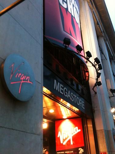 Magasin Virgin Mégastore des Champs-Elysées