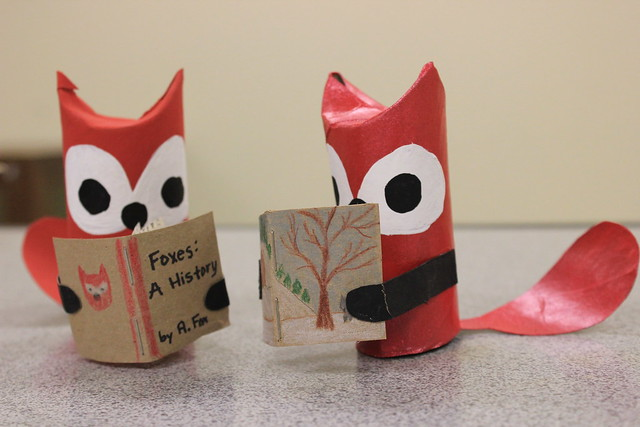 Paper Tube Foxes Reading 1