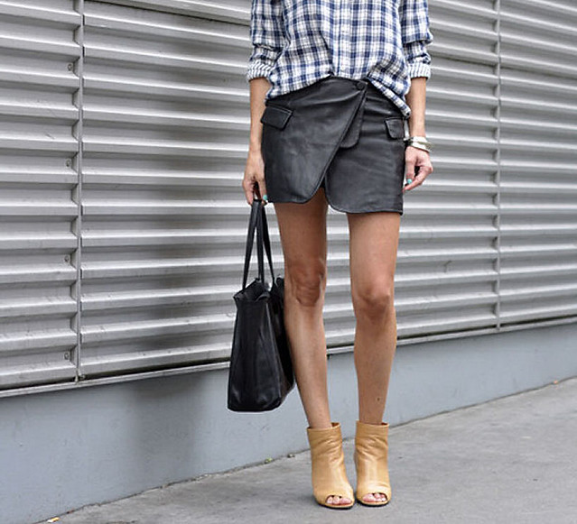 wrap_asymmetrical_skirt_2