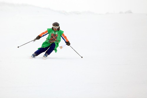 Nacho Ruleta esquiando