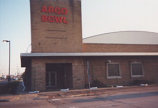 Argo Bowl.  (Gone)  Summit Illinois.  April 2000. by Eddie from Chicago