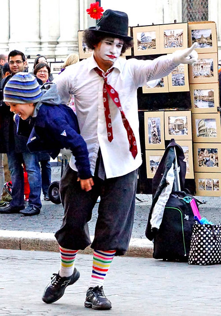 child-clown-rome-2013-03090