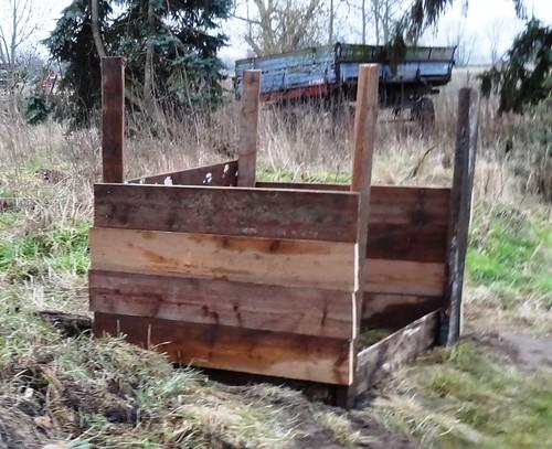 Fertiger Eingenbau-Komposter