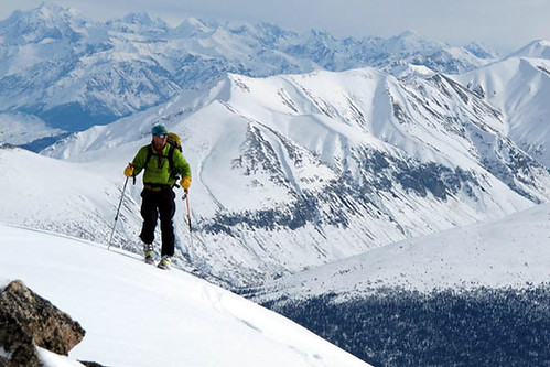 Skinning in the Wrangell Mountains