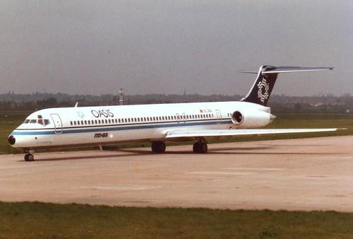 BIRMINGHAM 09 MAY 1989 OASIS MD80 EC-260