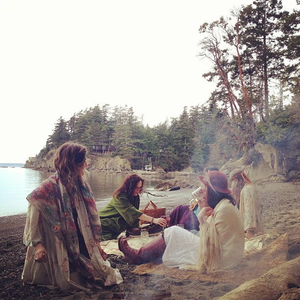 A magical beach picnic photo shoot! Thank you @madelynmulvaney @westofwhimsy @herbmother @mamaspace and @smashingrubbish for a beautiful morning!