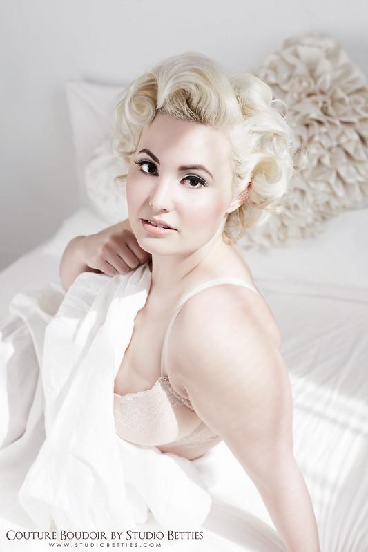 Marilyn Monroe Boudoir 1