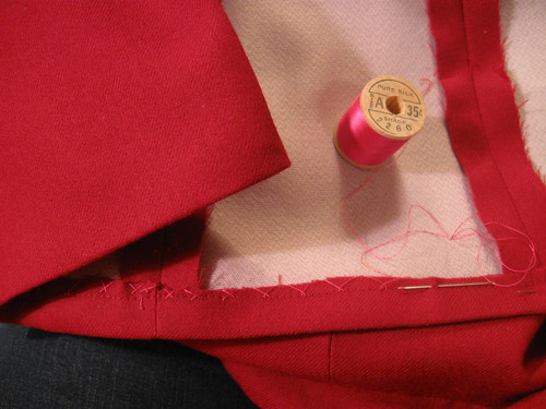 Jacket hem pink silk thread
