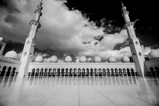 La espectacular Mezquita Sheikh Zayed en Abu Dabi 8425880631_e56988d7f2_z