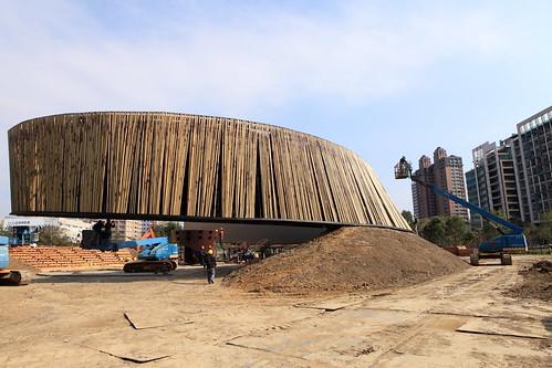 永續之環的竹外牆,台達電子文教基金會提供。