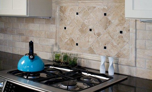 Travertine tile backsplash