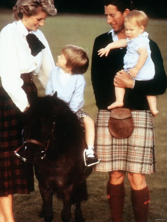 1985 Charles and Diana with their two little boys. 1985 0