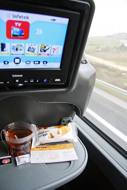 Comfortable bus ride, from Istanbul to Edirne, Turkey イスタンブールからエディルネへ、快適なバスの旅
