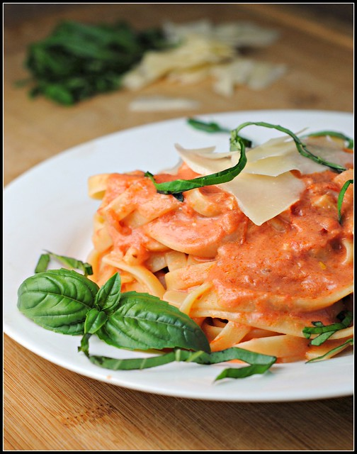 fettucinetomatocream2