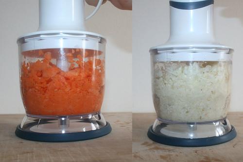29 - Möhren Sellerie zerkleinern / Grind carrots & celeriac