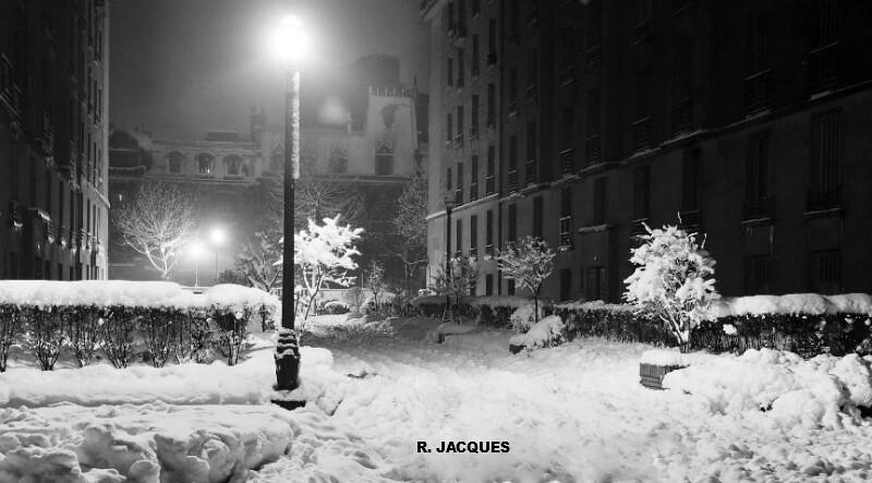 extérieur nuit du square du Rhône à Paris le 2 mars 1946 après les chutes de neige record météopassion
