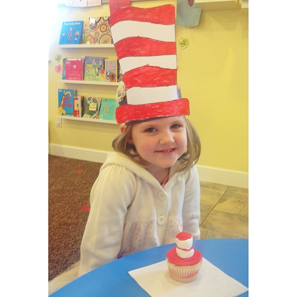 #catinthehat #seuss #happybirthdayseuss #preschoolseusssnacks #seusstastic #brilliantbeginningspreschool #preschool @lindsaylsmith