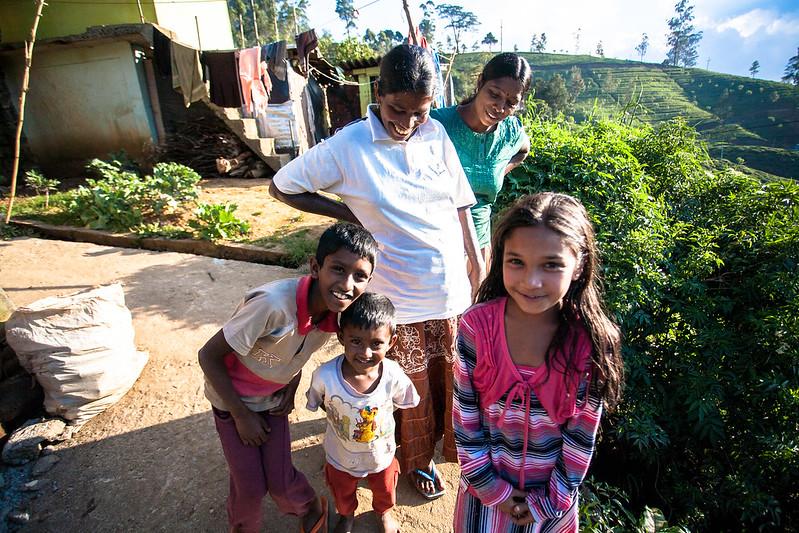 斯里蘭卡的人民,有著印度一樣的笑容,又多了分收斂。Nuwara Eliya