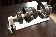 wheel(0.0), barbell(0.0), aircraft engine(0.0), gear(1.0), machine(1.0),