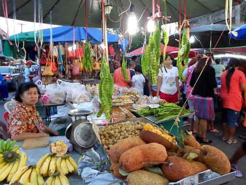 Trang's food market