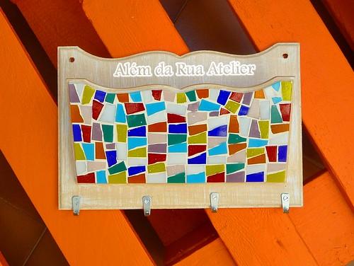 Porta-chaves/cartas em mosaico